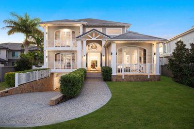 Exquisite & Elegant Hamptons Manor!
