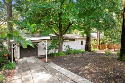 Extraordinary opportunity within a premier upper north shore pocket