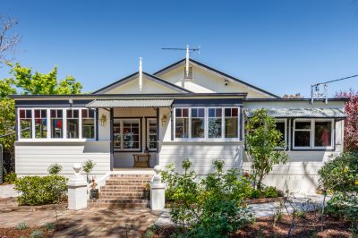 19 Mona Road Woodford 2778