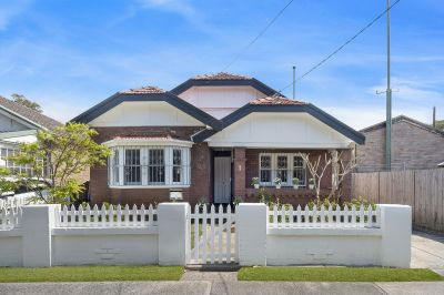 Classic Parkside Family Home