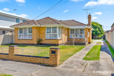 Superb Prime Location  An Ideal Opportunity for Home buyers or Developers.
