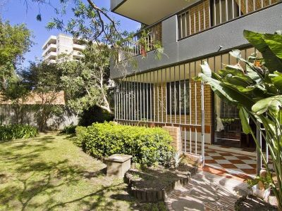 North Facing Garden Apartment with Parking