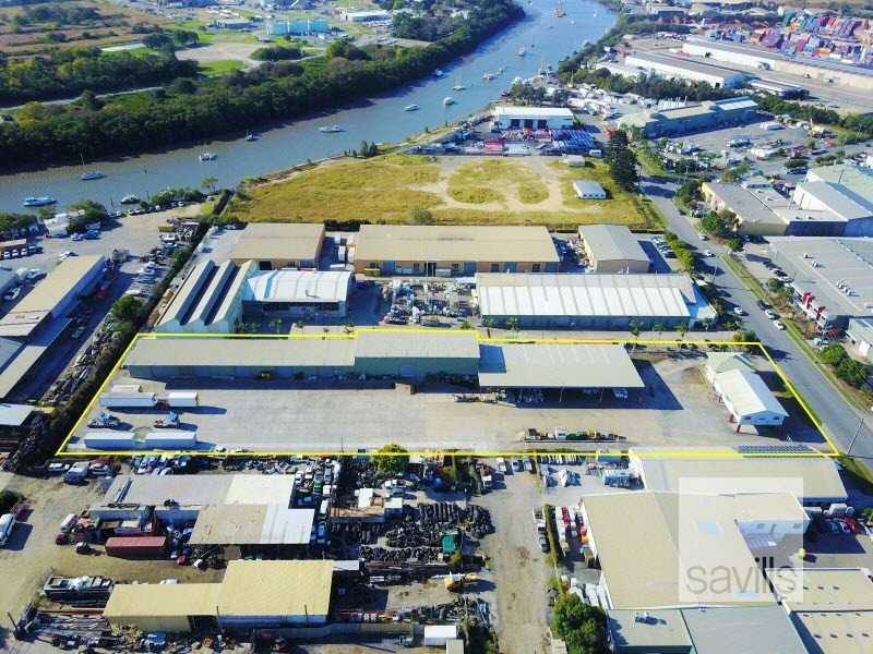 LEASED BY SAVILLS – Prime Transport and Logistics facility