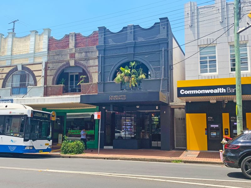 Beautiful Retail in the heart of busy Charing Cross servicing the Bronte area. Approx 1.8 kms to BONDI JUNCTION.