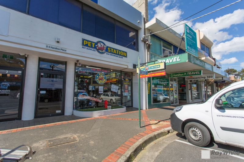 VERSATILE RETAIL / OFFICE PREMISES IN HIGHLY SOUGHT-AFTER LOCATION