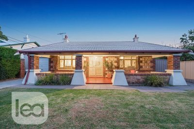 Classic Bungalow in one of the finest streets!