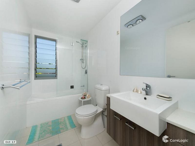 Near New Perfectly Positioned Townhouse.