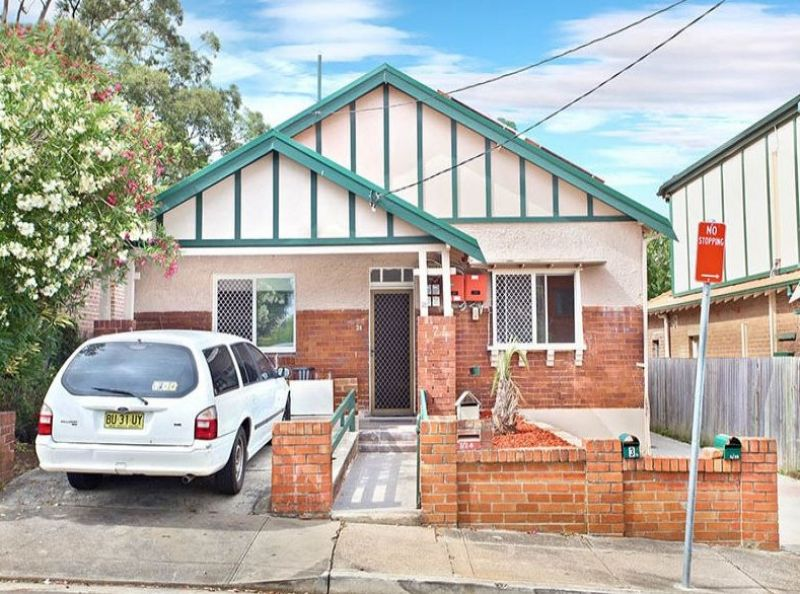 3 BEDROOM HOME - CONVENIENCE AND LIFE IN PRIME LOCATION