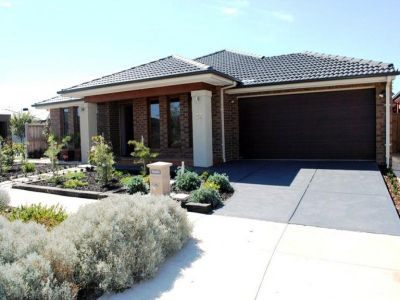 22 Essence Lane, Point Cook: Dont Miss Out!