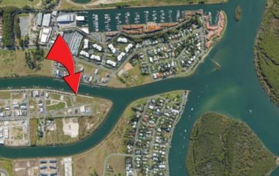 North To Water - Private Marina Birth Included