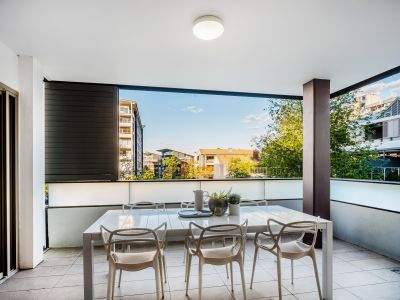 2501/4 Sterling Circuit, Camperdown