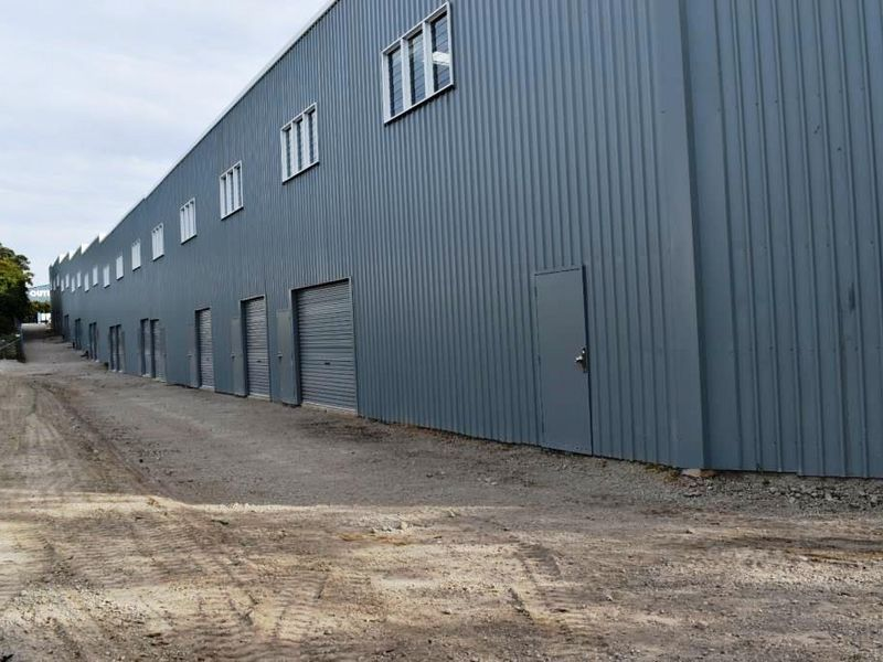BRAND NEW WAREHOUSES
