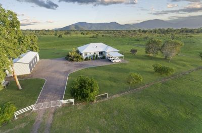 'Wyndermere' A Country Homestead On 100 Acres...Large Shed & Horse Paddocks