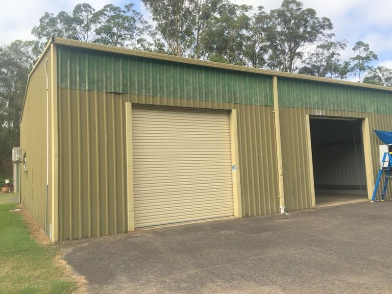 LARGE SHED IN INDUSTRIAL ESTATE