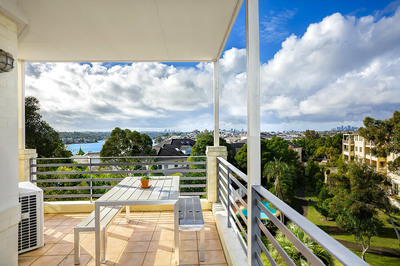 23/1 Blackwall Point Road, Abbotsford