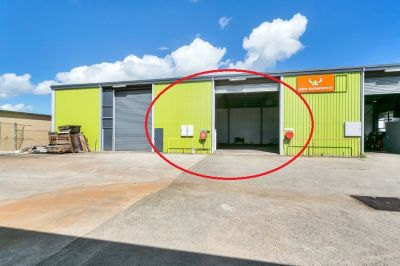 180m2 Warehouse with Office