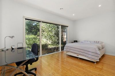 51 Fisher Parade, Ascot Vale