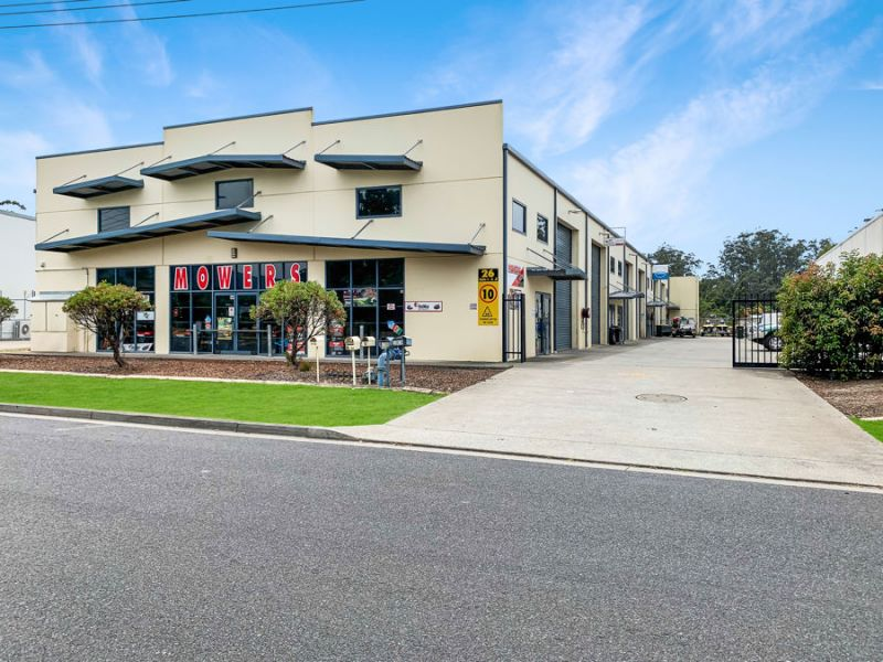 Tenant Investment or Owner Occupy Opportunity In Popular Isles Industrial Estate...