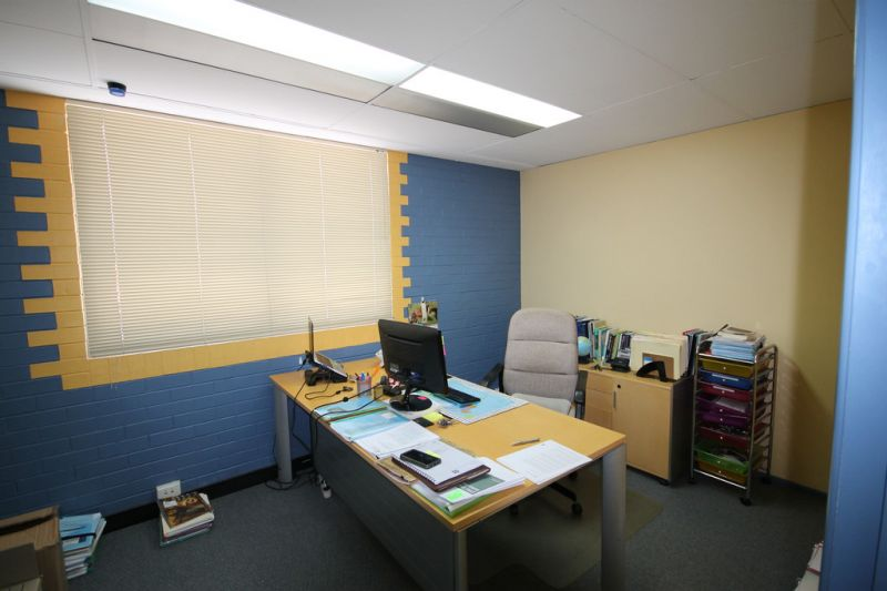Professional office space in central Wynnum