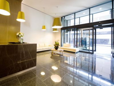 Australis: Stunning and Mordern One Bedroom Apartment!
