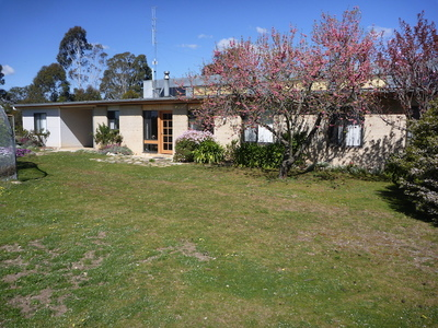 Two Hours from Sydney and Canberra Handcrafted Home on Acres