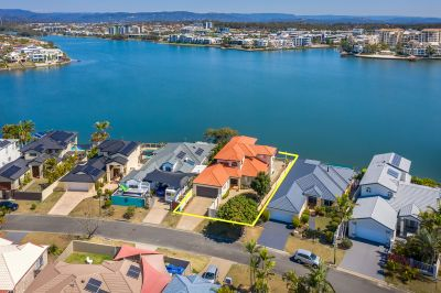 IS THIS THE WIDEST WATERFRONT IN THE GOLD COAST?