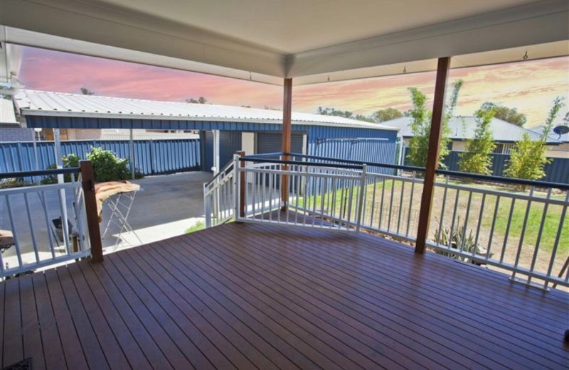 MASSIVE OPEN PLAN LIVING & KITCHEN, SPACIOUS BEDROOMS, AWESOME DECK, HUGE SHED!