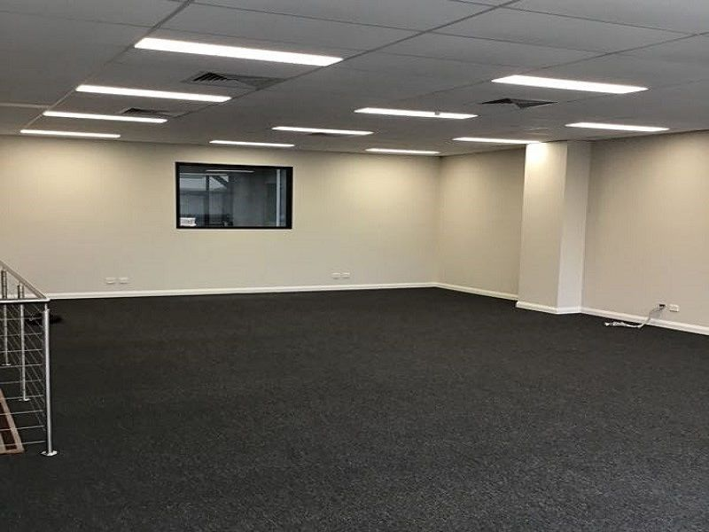 127m² First Floor Office Space