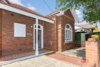 SPACIOUS THREE BEDROOMS IN DULWICH HILL