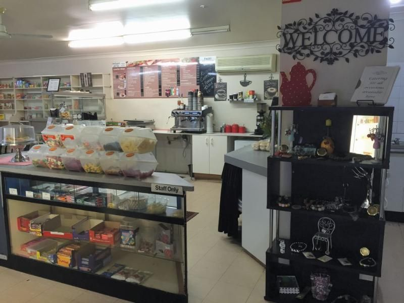 Freehold Cafe/Groceries/Newsagency