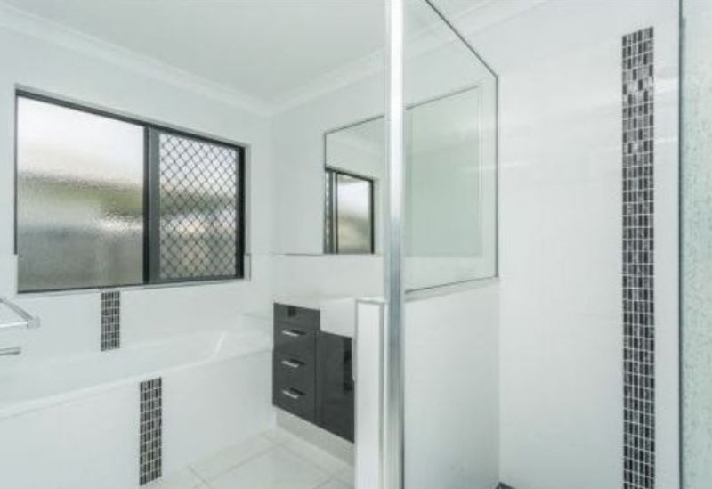For Sale By Owner: 36 O'Riely Avenue, Marian, QLD 4753