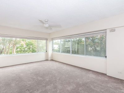Spacious Kirribilli Apartment - Positioned in the exclusive 'Bridgeview'