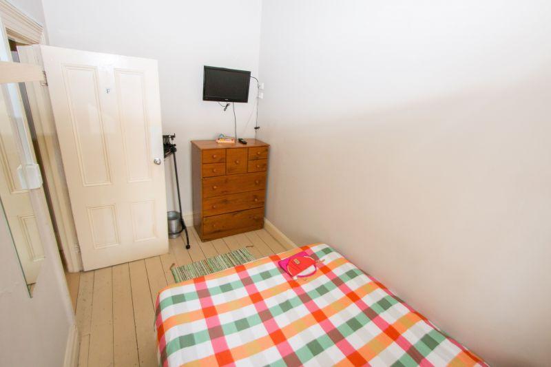 Private Rentals: 22 Dickens Street, Elwood, VIC 3184