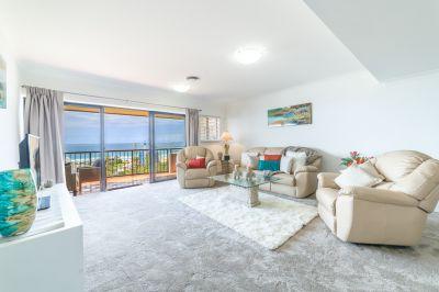 Beachside 3 Bed Apartment on iconic Magic Mountain