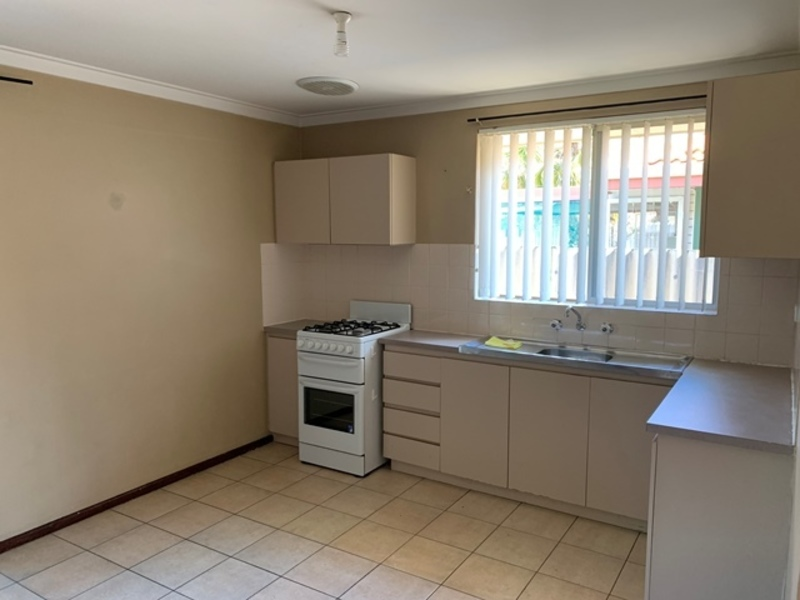 ESTABLISHED HOME IN CONVENIENT LOCATION