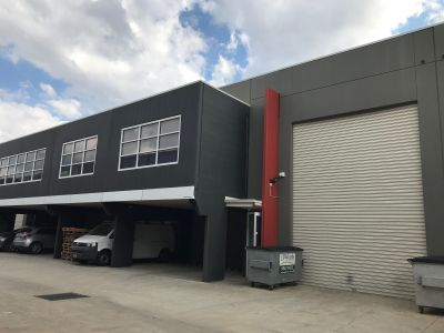 Well Presented Industrial Warehouse Ready For You Now. (Approx. 420m2)