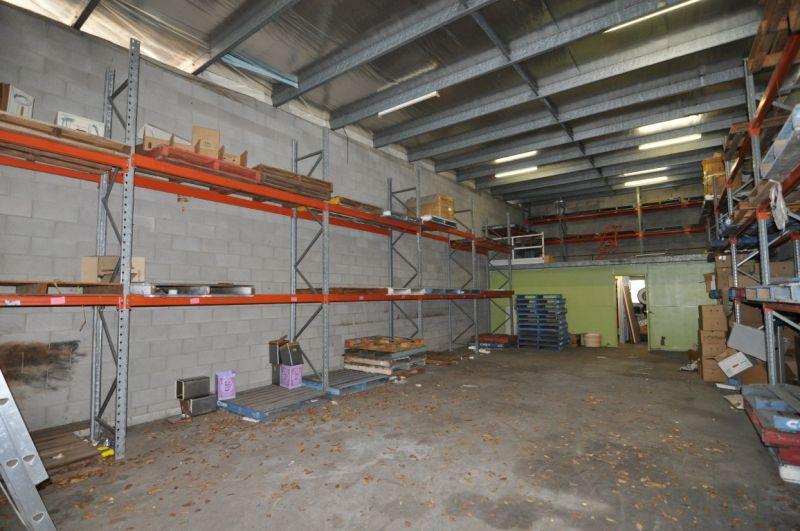 Neat warehouse unit