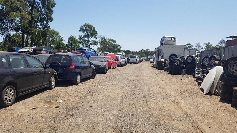 Willawong Large Industrial Site With Holding Income