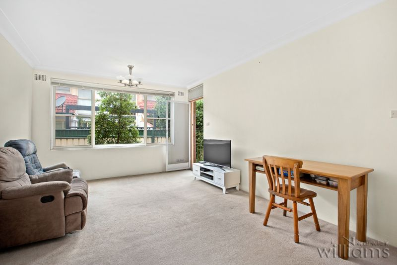 Affordable entry into an exclusive harbourside location