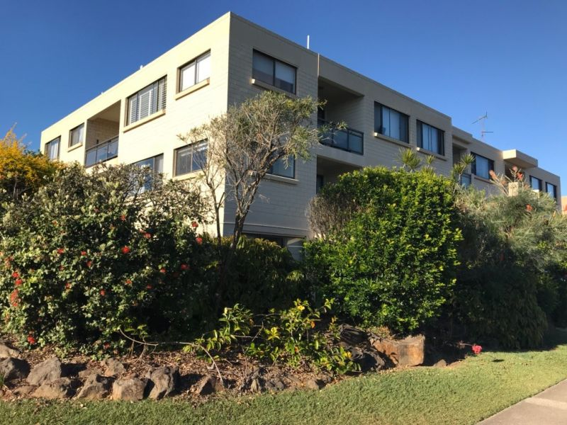 Cotton Tree Unit by the Sea