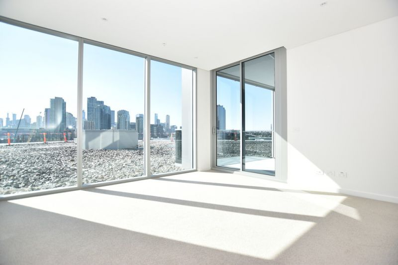 Exclusive One Bedroom Apartment in the Heart of Melbourne!