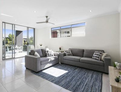 Modern 2 Bedroom Apartment in Heart of Nundah