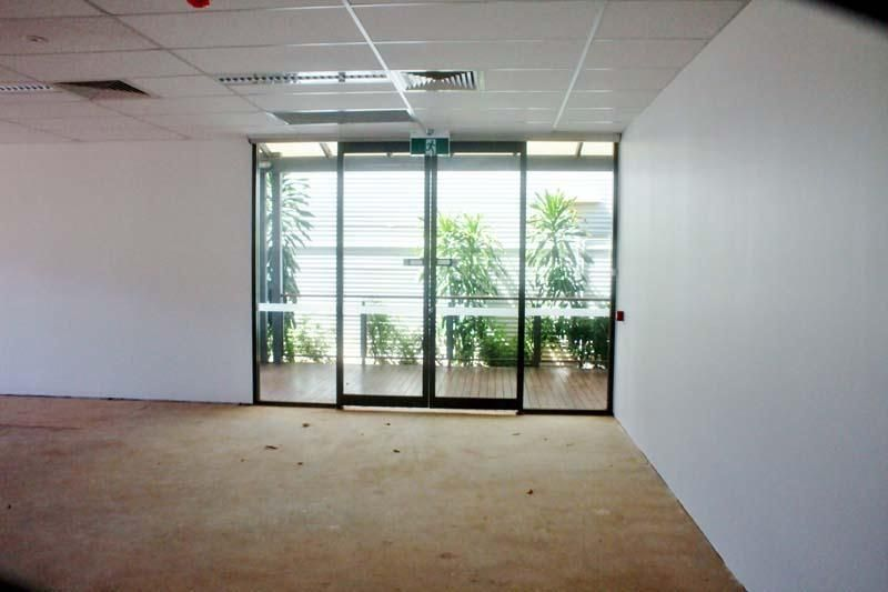 Small Office / Retail on Pearlers Strip
