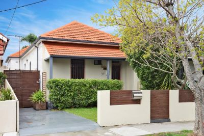 3 Bedroom + Study Freestanding Home on 301sqm of Land. Move Straight In!