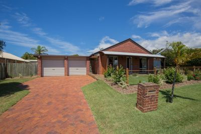 QUALITY BRICK HOME IN PRIME LOCATION WITH ENSUITE, DOUBLE LOCK UP & PRIVATE YARD!