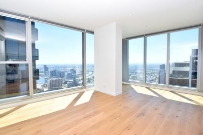 The Fifth: Spacious Two Bedroom in Upper West Side!