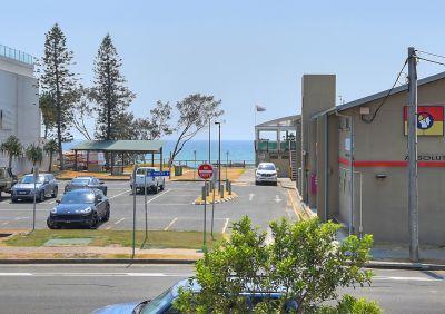 Resort-like Vibes in Premier Beachside Setting