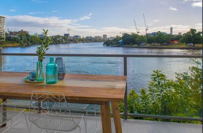 Stunning River Views - North East Aspect - Newly Renovated
