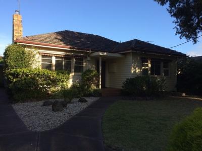 Sort after 1 owner original Beaumaris home