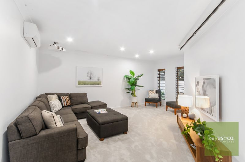 12 Riverbrook Terrace, Idalia